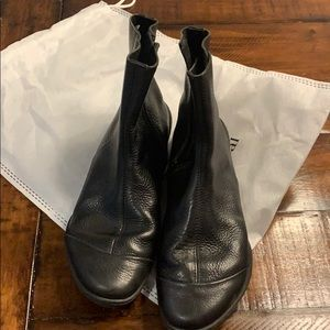 Black Leather Ankle Boots SZ37